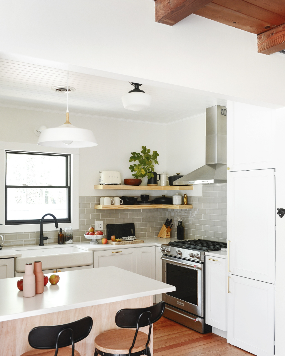 a case for open shelves in the kitchen with images open shelving kitchen decor modern on kitchen decor open shelves id=25918
