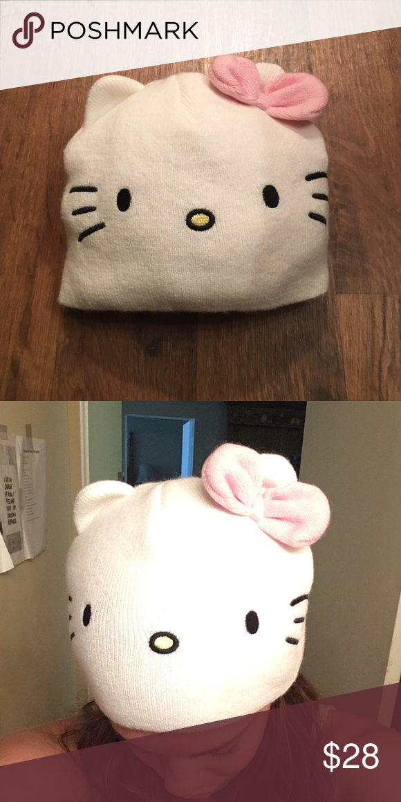 Hello kitty beanie Adorable, fun and actually keeps you warm! Hello Kitty Accessories Hats