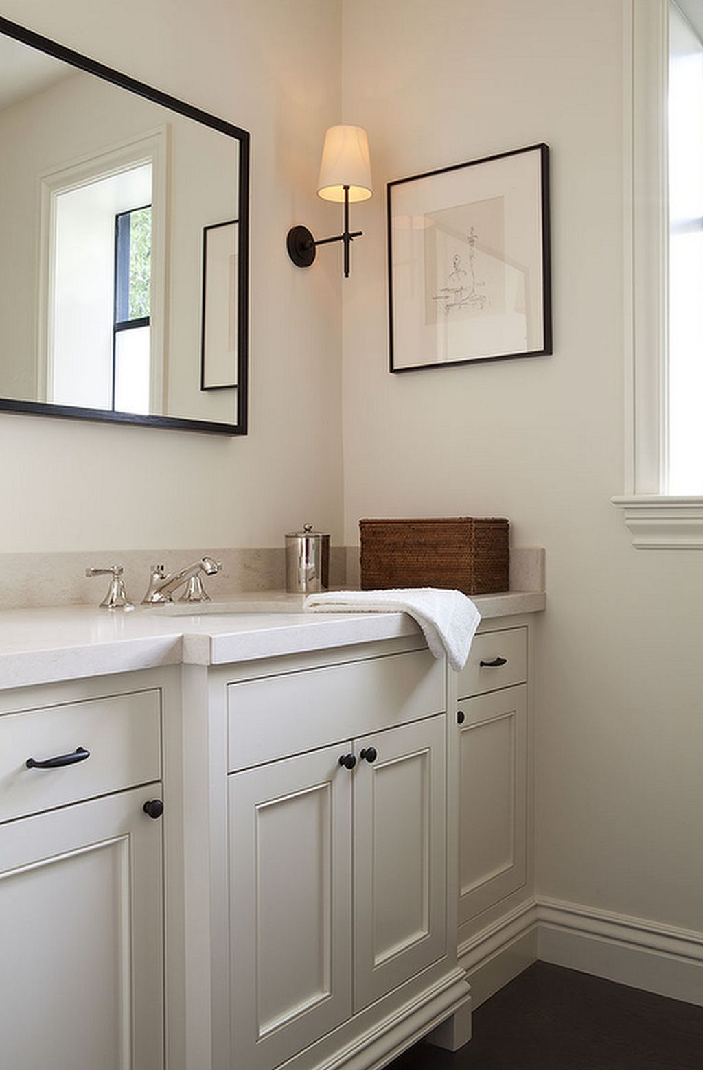 53 Most Fabulous Traditional Style Bathroom Designs Ever: 34 Perfect Farmhouse Bathroom Vanity Ideas To Maximize