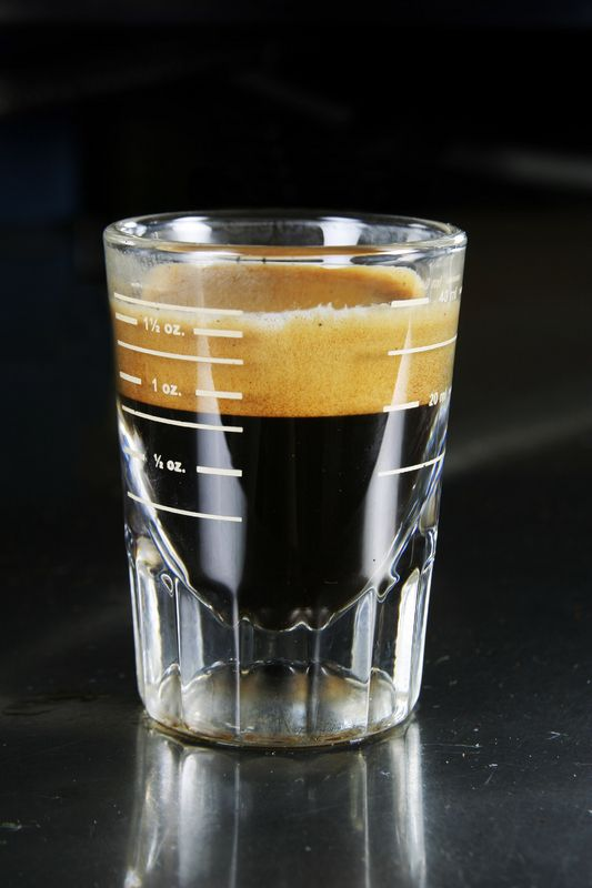 Did you know you can anticipate how a shot of espresso will taste based on the colors of the crema on top? We've learned espresso facts galore, thanks to the Kitchen Project.