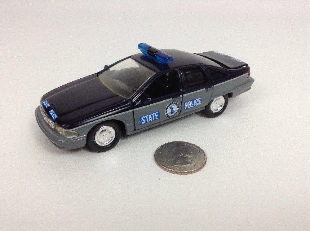 Vintage 1993 Road Champs 1:43 Die-cast Virginia Chevrolet Caprice