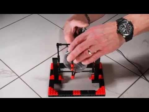 ▶ Technical LEGO: Universally mounted gyroscope - YouTube