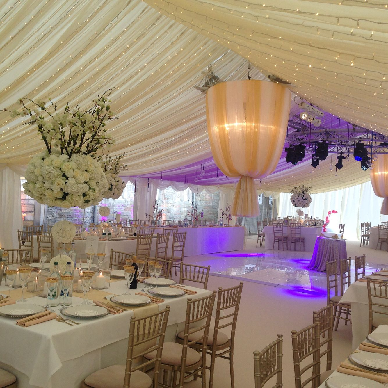 A gorgeous wedding marquee wedding bestintentmarquees marquee a gorgeous wedding marquee junglespirit Image collections