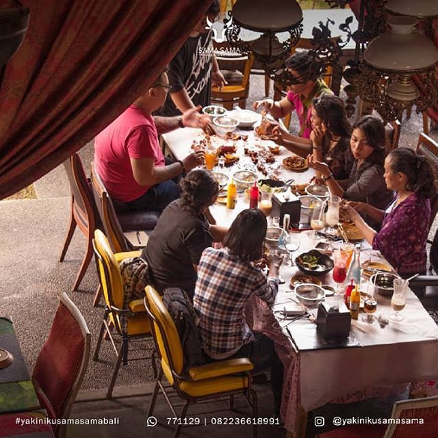 [New] The 10 Best Food Ideas Today (with Pictures) -  Happy Lunch Time  Sudah pada cobain paket MEGIBUNG kita?!! Yuk makan rame-rame di @yakinikusamasama dijamin seru & maknyus deh pokoknya Kepiting Udang Kerang dan lainnya dipadukan dengan saus pilihan  . For free shuttle Nusa Dua & Jimbaran area please call: 0361 771129 081 2384 1129 . .