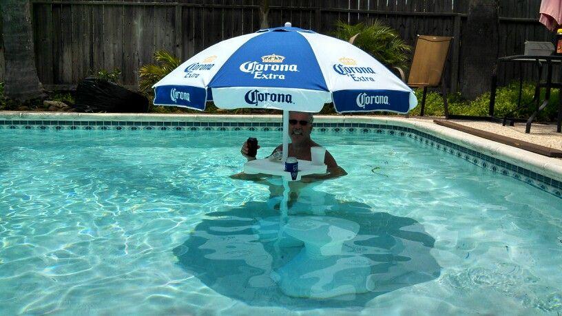 Diy Umbrella Table For Pool Just Took A Plastic Umbrella Base