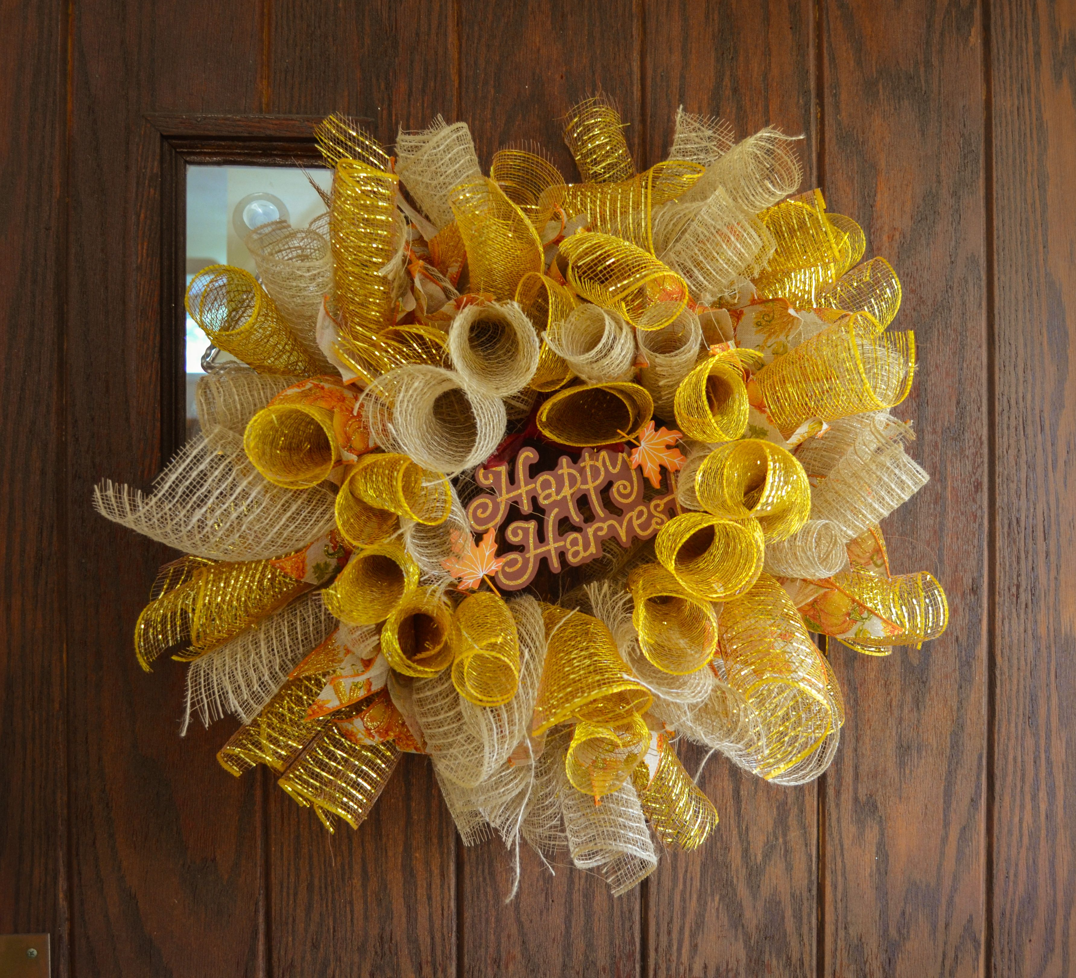 I finished this wreath for fall! I absolutely love how it came out! :)