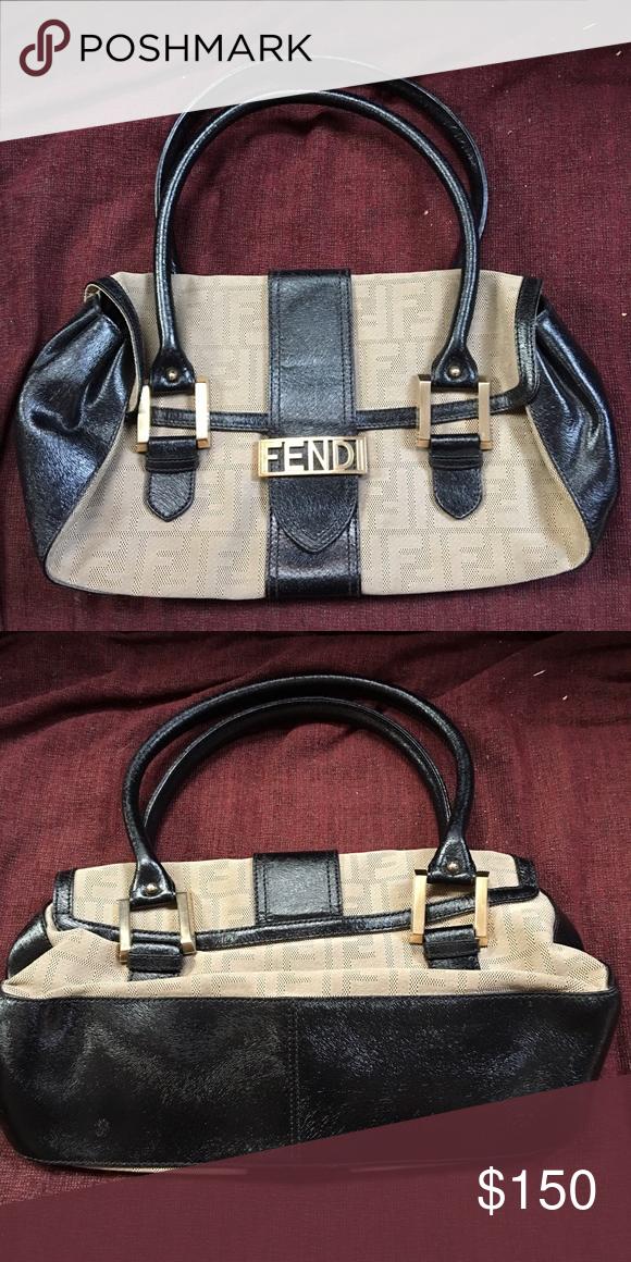 Fendi Purse in Excellent Condition Fendi purse in excellent condition -  only used a few times a0e2fe7ff8375