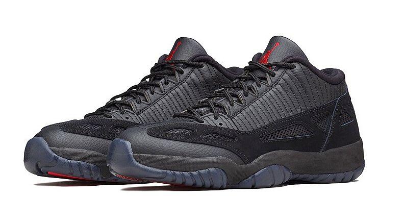 Aire Nike Jordan 11 Bajo Es Decir, Negro / Rojo Verdadero-oscuro Carbón-club Púrpura Árbitro