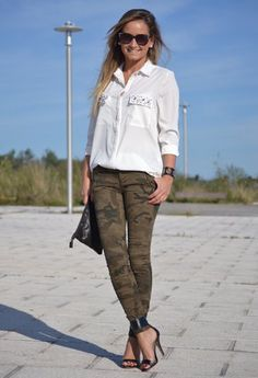 Pantalon Militar Mujer Outfit Buscar Con Google Camouflage Fashion Casual Fashion Casual Outfits