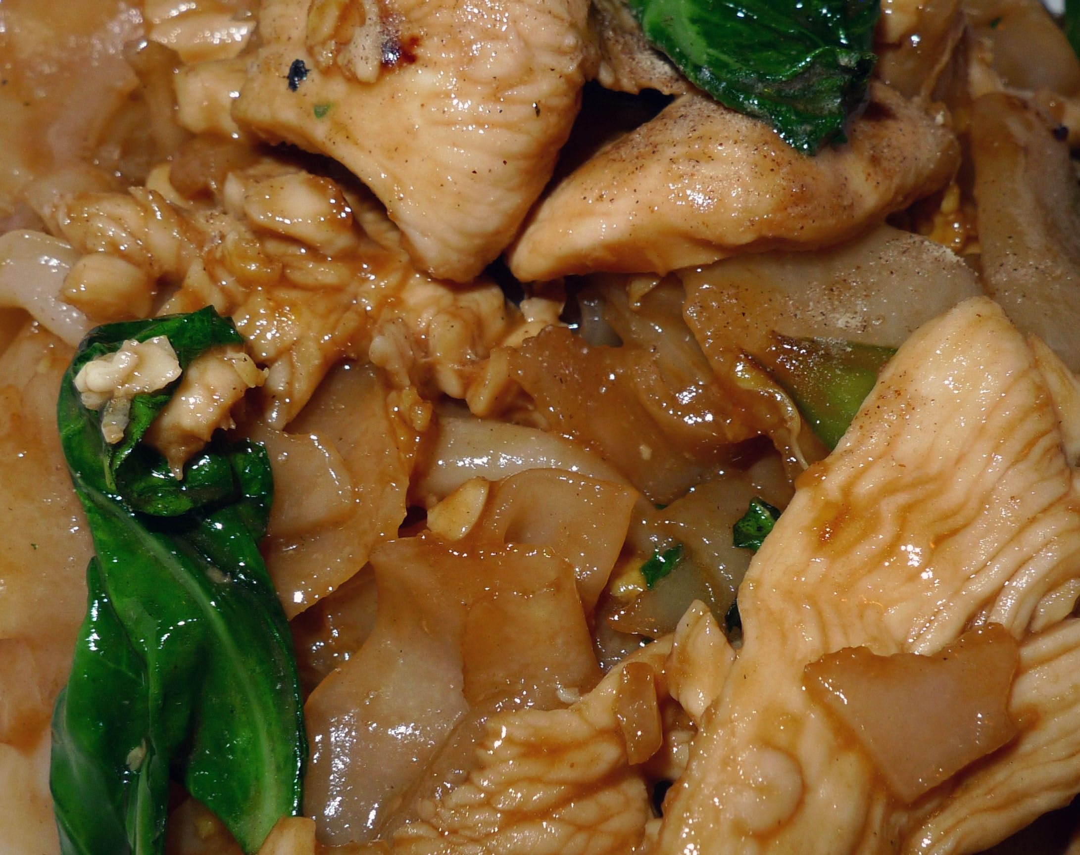 Pad See Ew | AsianSupper. Made this yesterday and want to make it ...