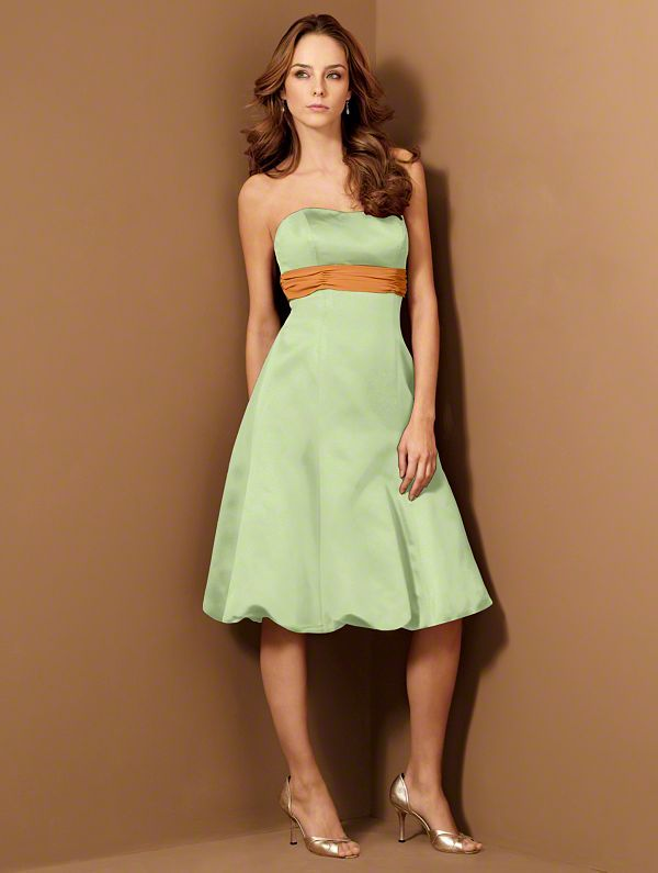 bridesmaids dresses without pockets.