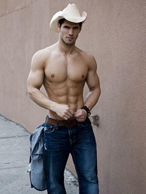 BERRY Hot Men: Country Hotties (28 Photos)