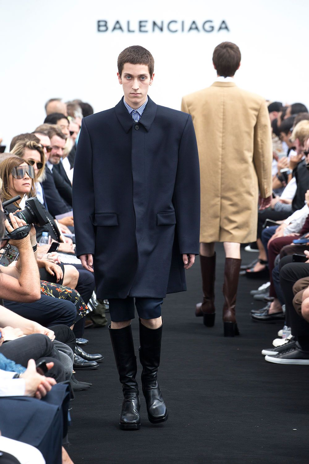 566887629d7d6 Discover the Balenciaga Women and Men Collections and shop shoes ...