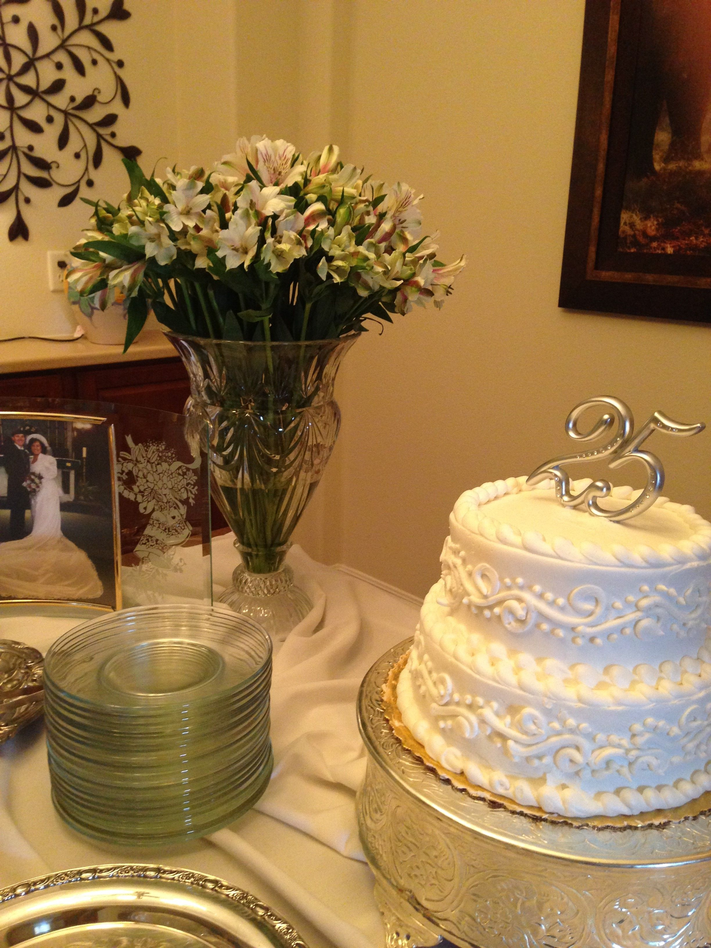 25th Wedding Anniversary Celebration Table Using All Silver Crystal