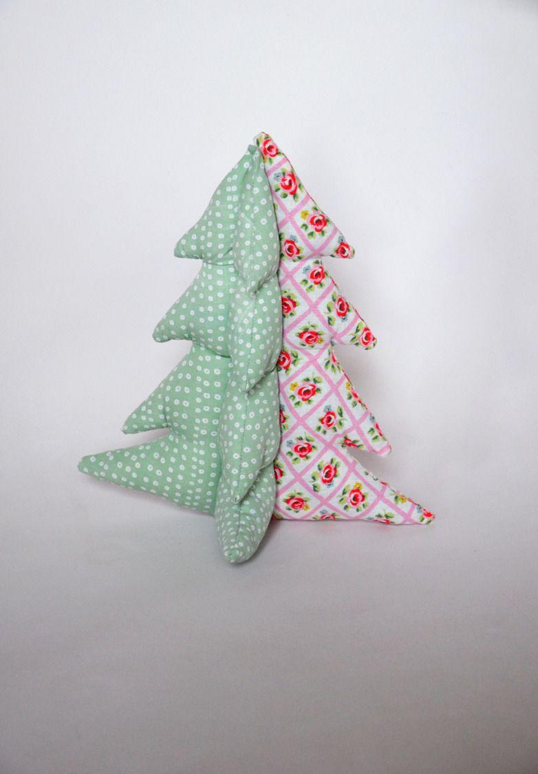 Coussin sapin décoratif rose et vert : Textiles et tapis par pretty-bazar