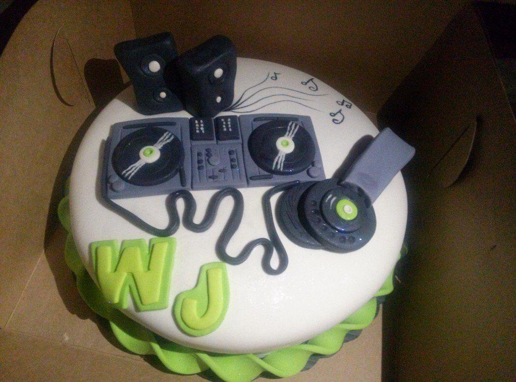 Dj cake Birthday Cakes Pinterest Dj cake Cake and Birthday cakes