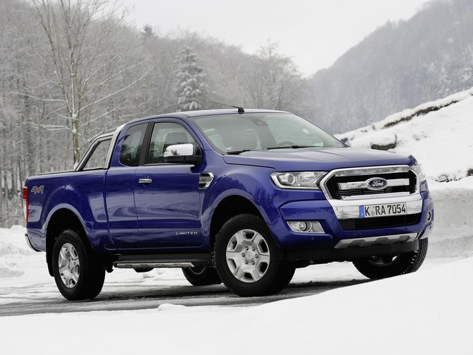 Ford S Ranger And Bronco Trucks Return To Us Starting In 2019 Roadshow Ford Ranger 2020 Ford Ranger 2019 Ford Ranger