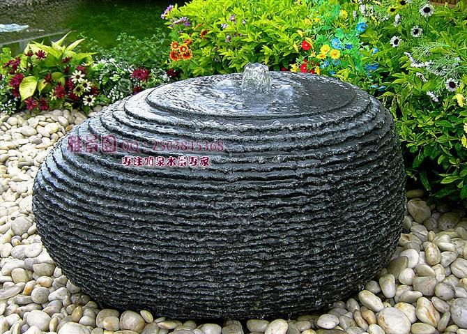 Outdoor Garden Patio Water Feature Hand Carved Black Granite Water Fountain  Egg Shaped Ornaments