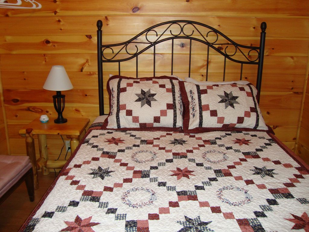 Collettcreekcabins is here to provide the best places to rent in