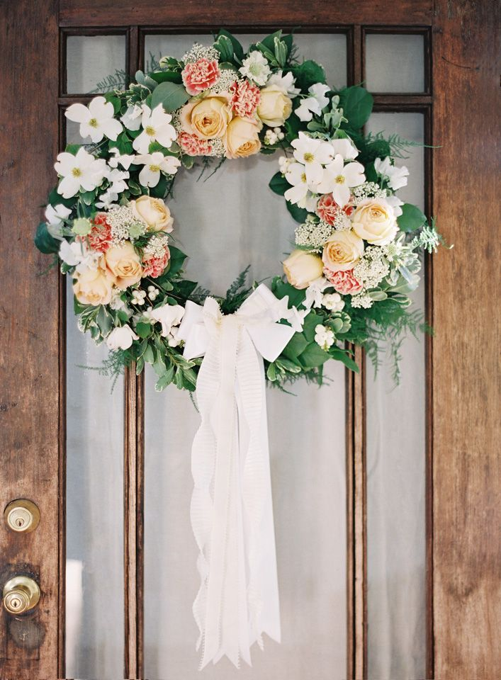 Diy Wedding Wreath Once Wed Diy Wedding Flowers Diy Wedding Wreath Diy Wedding Decorations