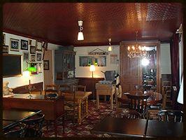 Pub anglais, Le St Vincent - Hôtel&Pub http://www.lestvincent.fr ...