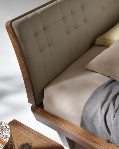 letto #camera #zonanotte #comfort #funzionale #tradizionale ... - Armadio In Legno Tradizionale