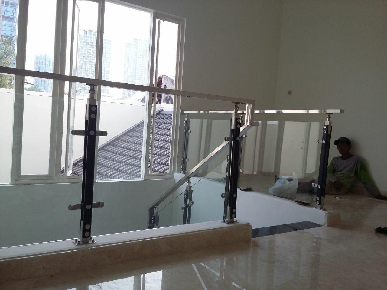 Jasa Pembuatan Railing Tangga Balkon Desain Rumah Rumah Minimalis