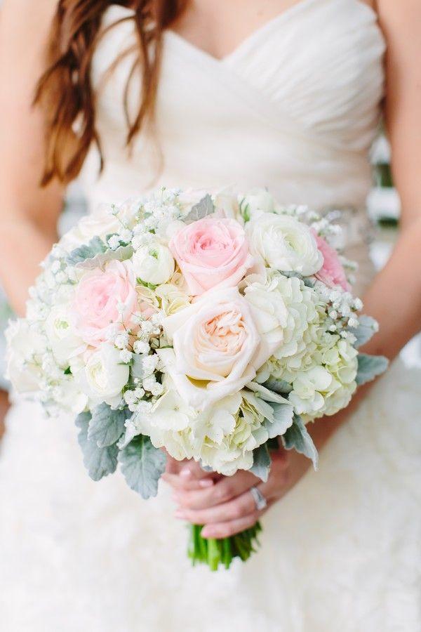 Orlando Wedding Planning Orlando Vintage Rentals And Styling White Bridal Bouquet Gypsophila Wedding Bridal Bouquet