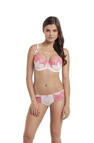 94947dea19eea List of 11 gorgeous lingerie brands for large busted ladies! Finally  something other then white