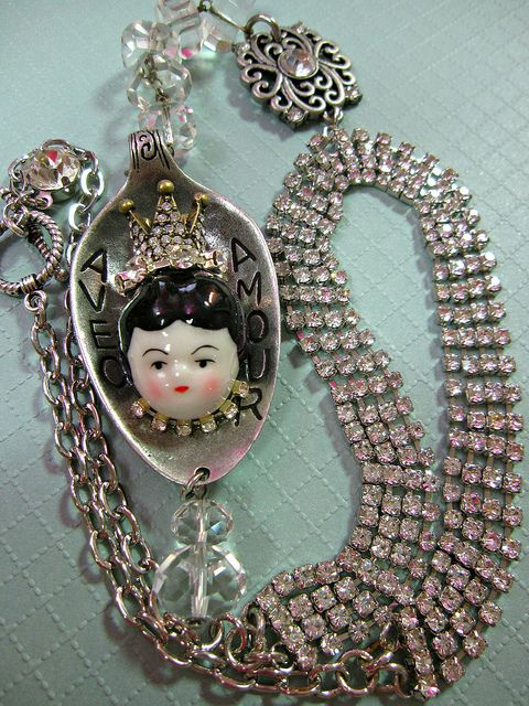 The Queen Dollie Necklace by Joan Kettell aka Auroratique, who is my Mom, xo Lisa