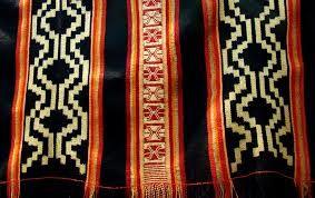 Resultado de imagen para arte textil mapuche chile
