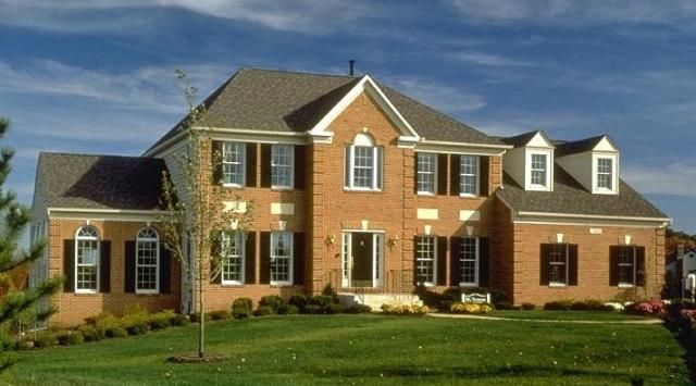 House Style Guide to the American Home Colonial House and