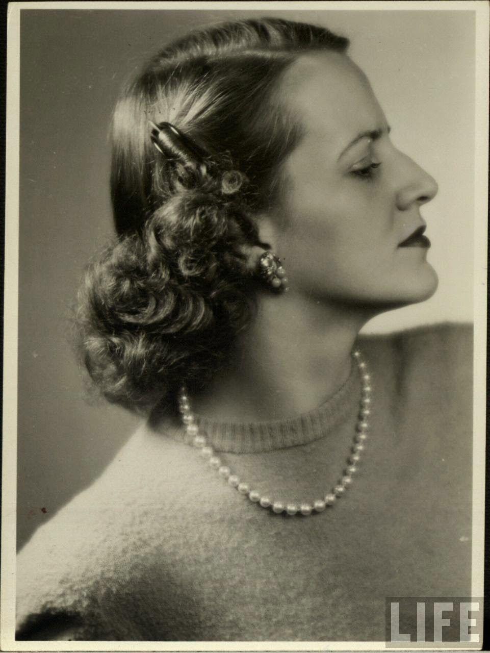 Bea Hair Women Beautiful Women S Hairstyles From The 1940s Vintage Hairstyles Retro Hairstyles 1940s Hairstyles