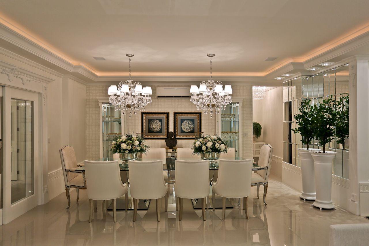 Apartamento com decora o cl ssica neutra e sofisticada for Casa classica moderna