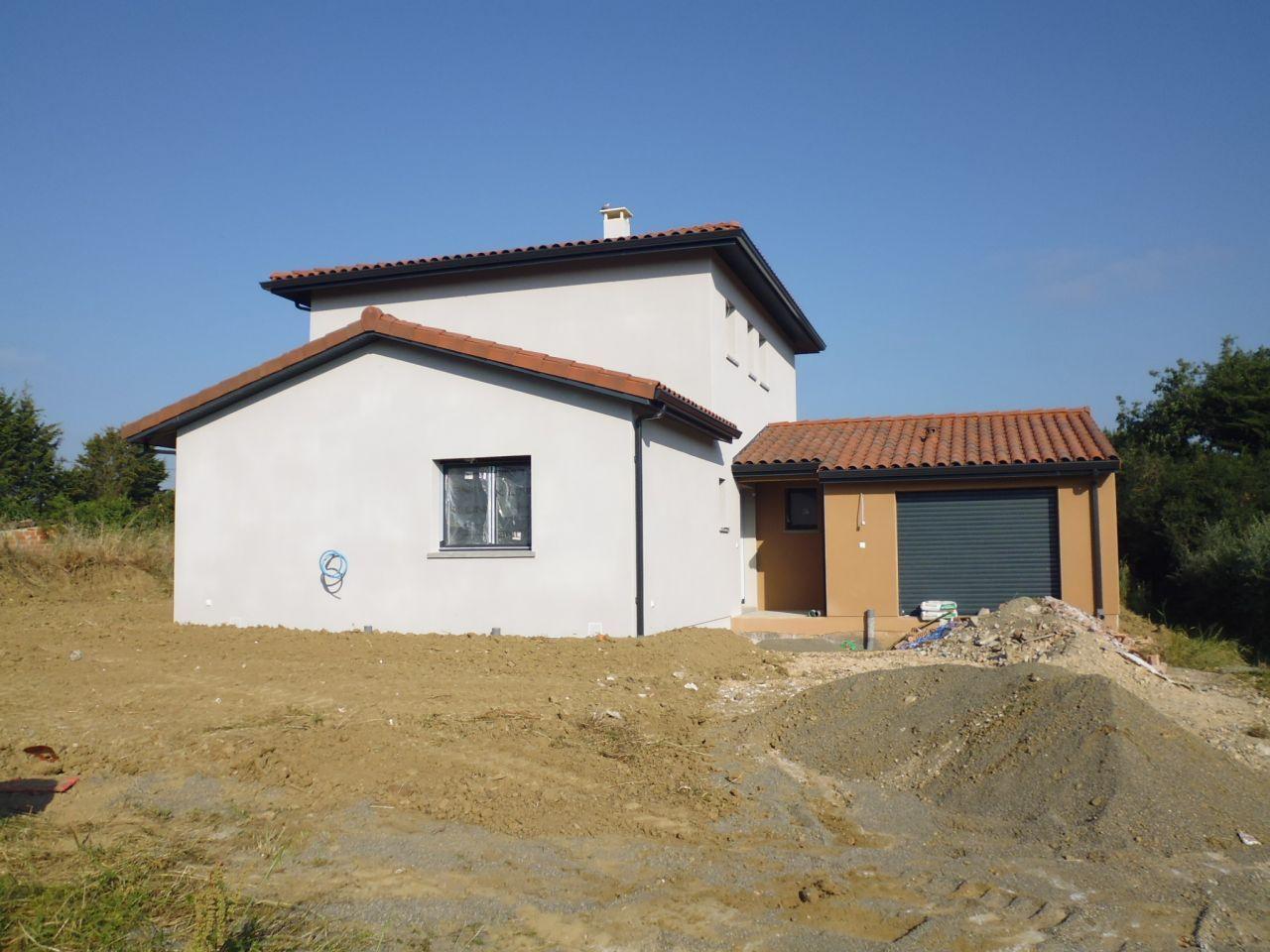 Crepi facade maison mur crepi with crepi facade maison for Couleur facade maison sud