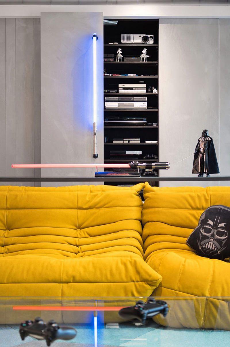 Apartamento com decoração inspirada em Star Wars | Game rooms, Room ...