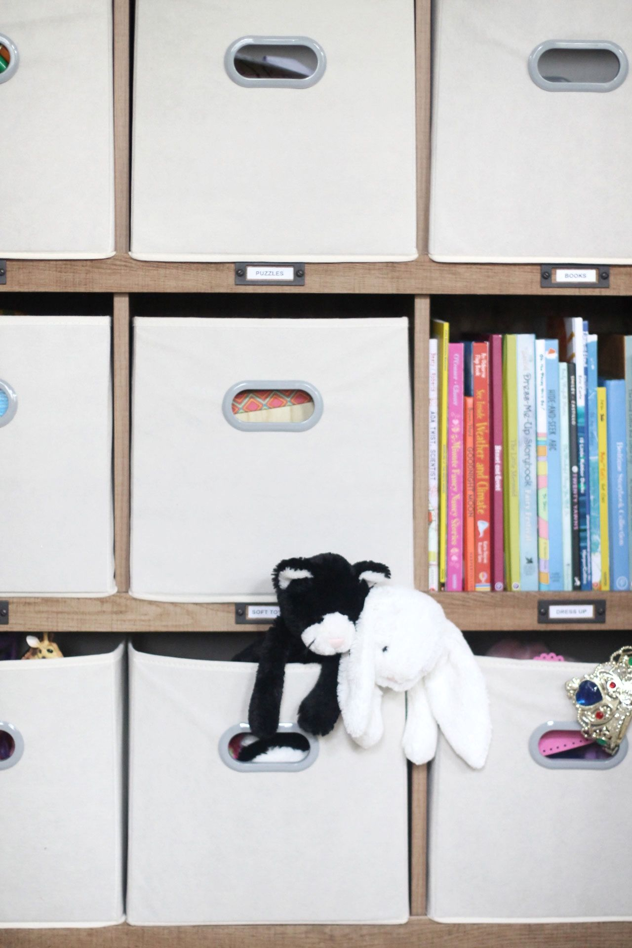 How to Organize Kids Toys in Your Living Space (To Keep the Chaos At ...