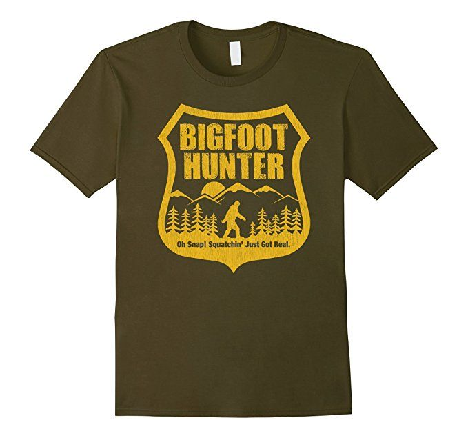 Amazon.com: Vintage Bigfoot Hunter Oh Snap Squatchin' Just Got Real: Clothing