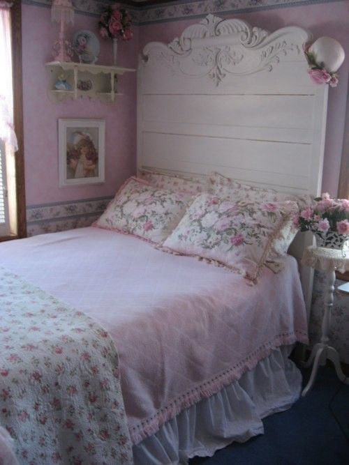 love the painted antique bed