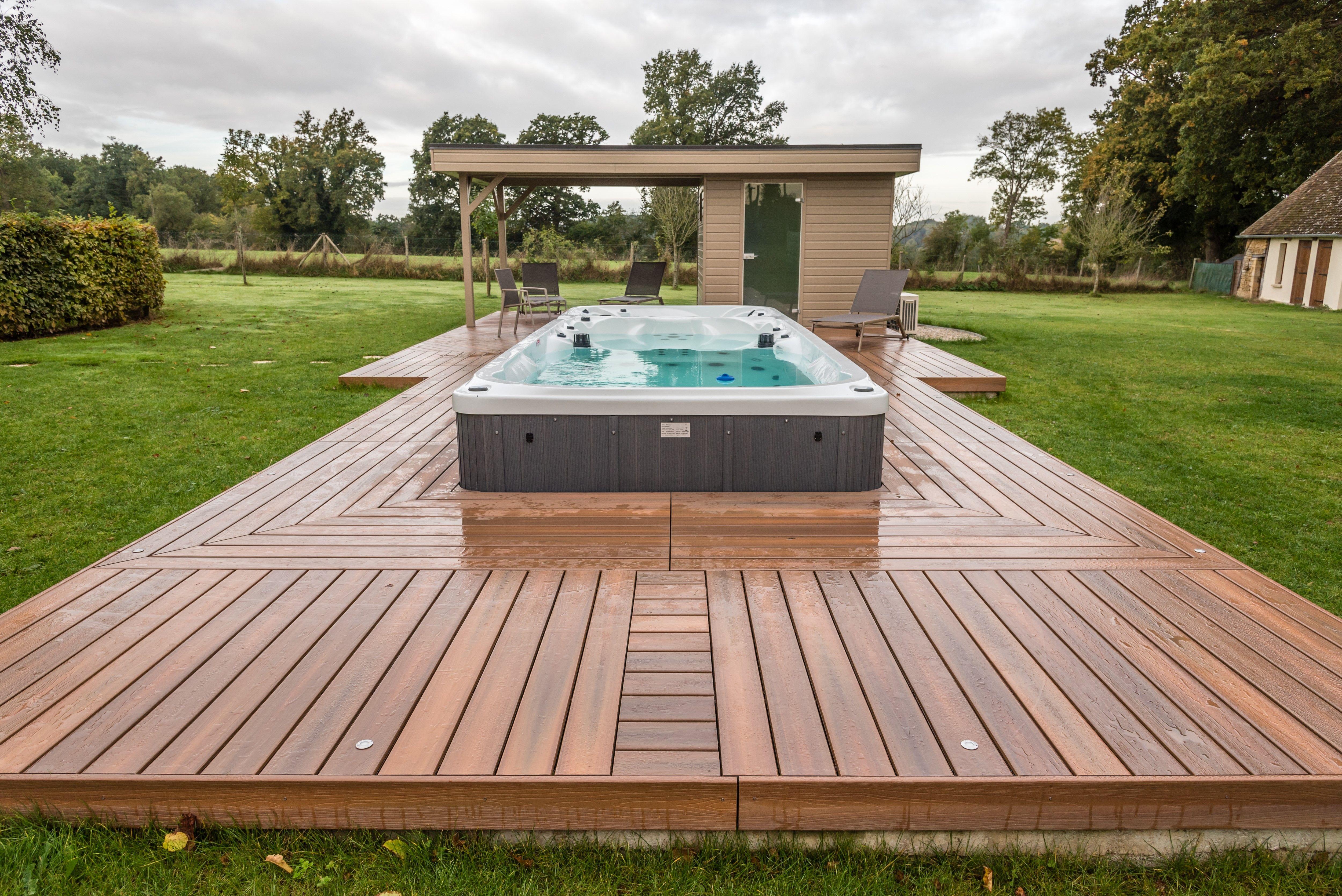 Terrasse En Robinier Mit Bildern Hochterrasse Gartenplanung Terrasse