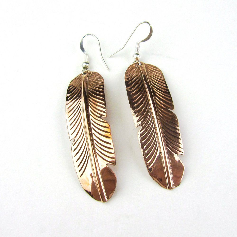 Antique Bronze Feather Design Drop Earrings - Green (Organza Gift Pouch Included). iNsdFkn