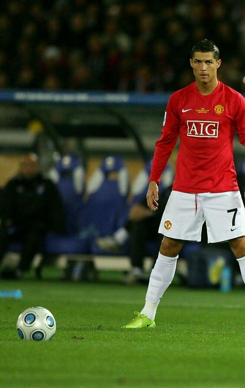 Former Man Utd Star Cristiano Ronaldo Prepares To Take A