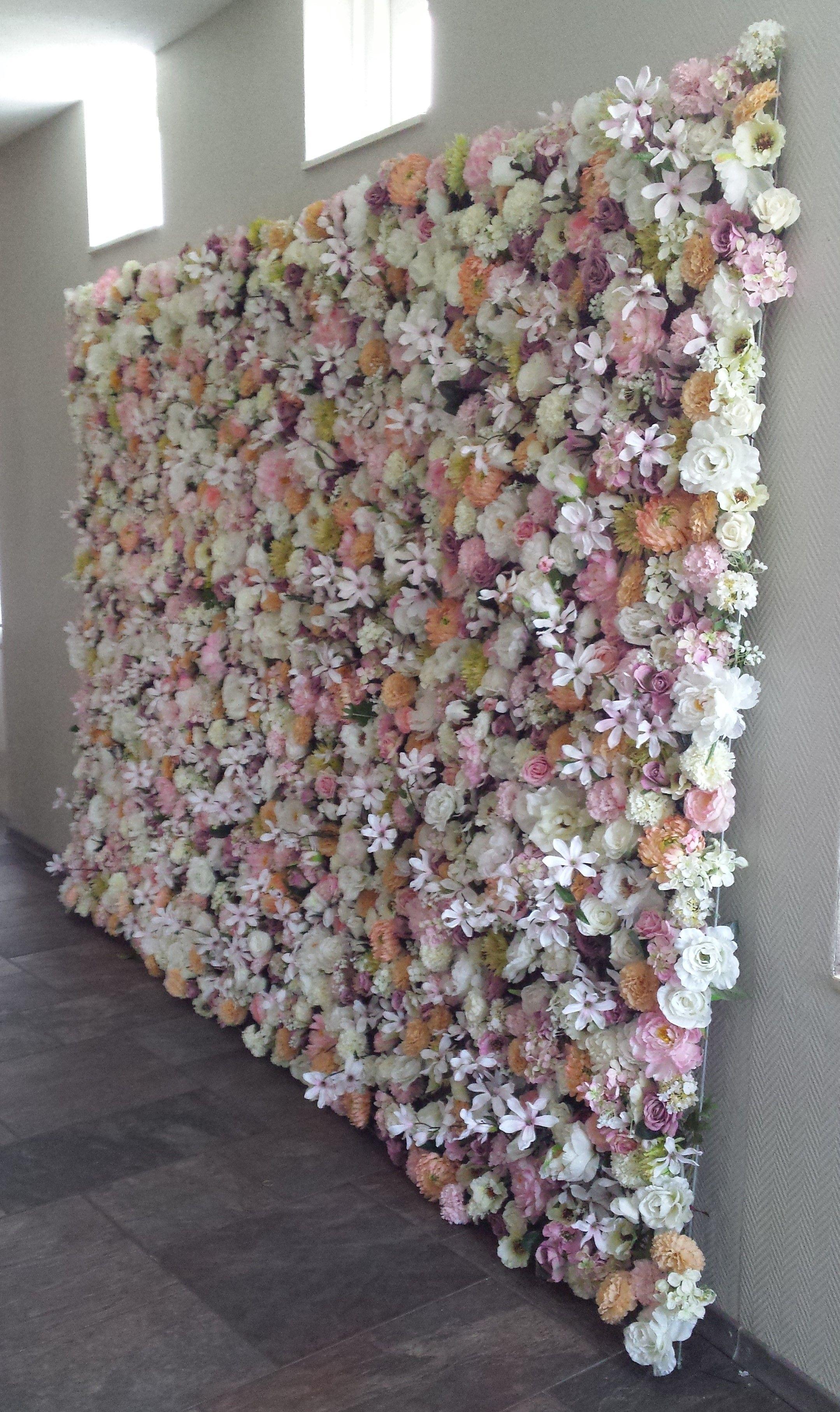 Flower Wall Flower Wall Ibiza Bruidsboeketten Bruiloftaankleding