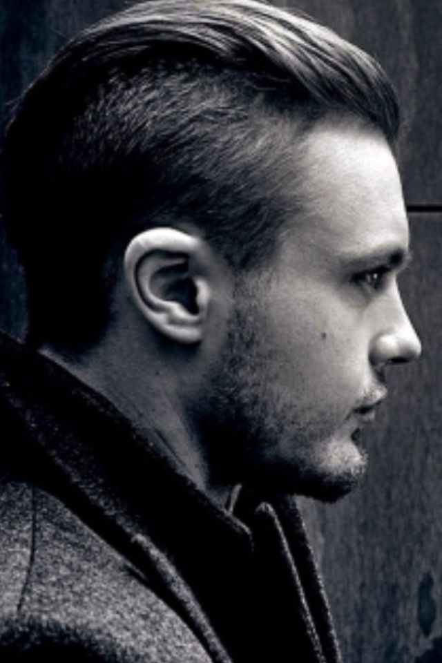 Mens Undercut Hairstyle My Husband Is Currently Rocking This And