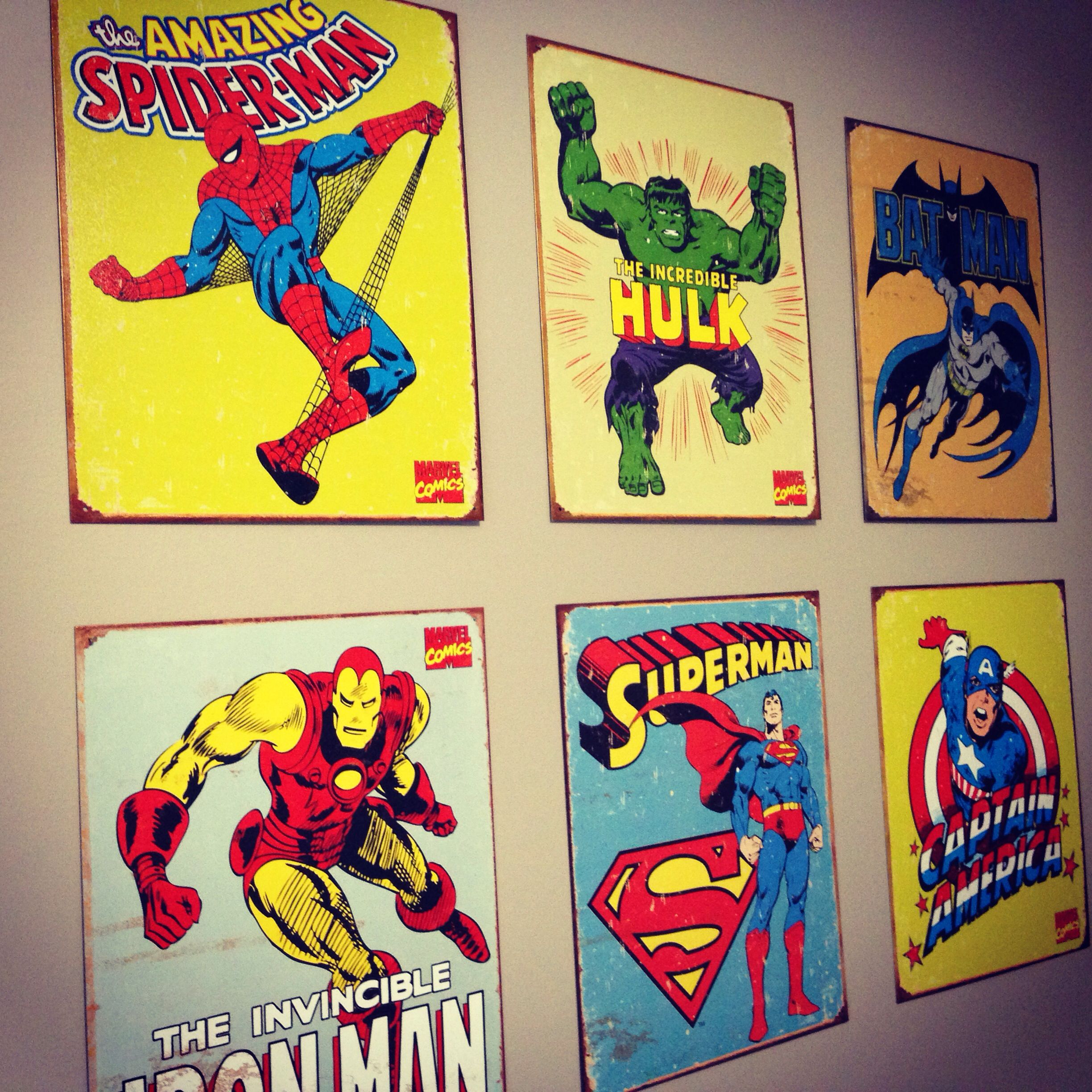 Tin vintage comic book cover wall art very light and easy for Comic book bedroom ideas