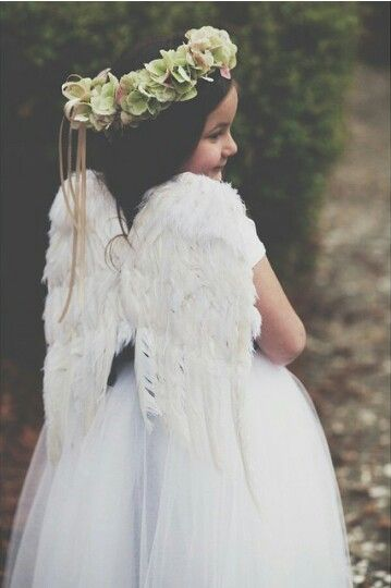 39dbfa154658 Flower girl with angel wings | chubby baptism | Flower girl dresses ...