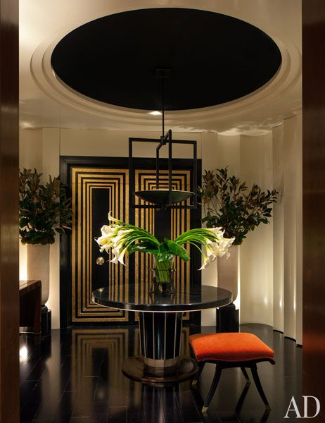 Love That Entry With A Gold And Black Door Interior Deco Art Deco Interior Design Art Deco Interior