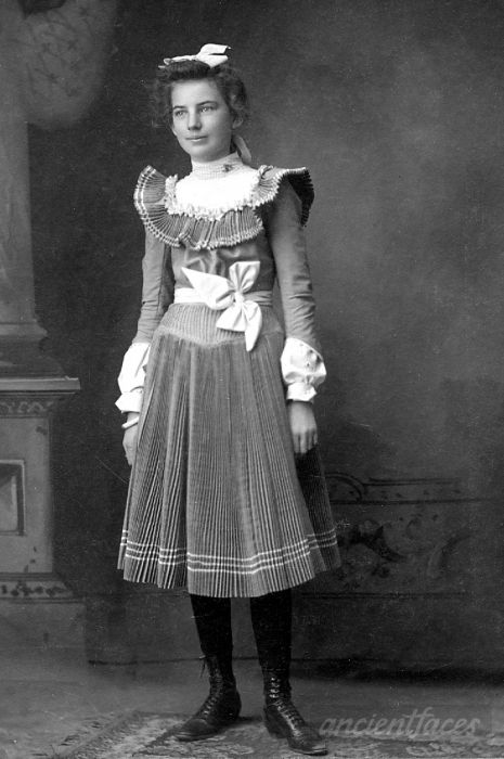Leta Hunt in a beautiful pleated dress circa 1925 taken in El Paso, Texas. This photo was recently rescued from an antique store in Oregon. Original: http://www.ancientfaces.com/photo/leta-hunt/1288384