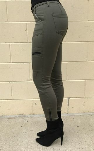 These olive cargo skinnies will take your street style from zero to a hundred real quick! Style with oversized sweaters .