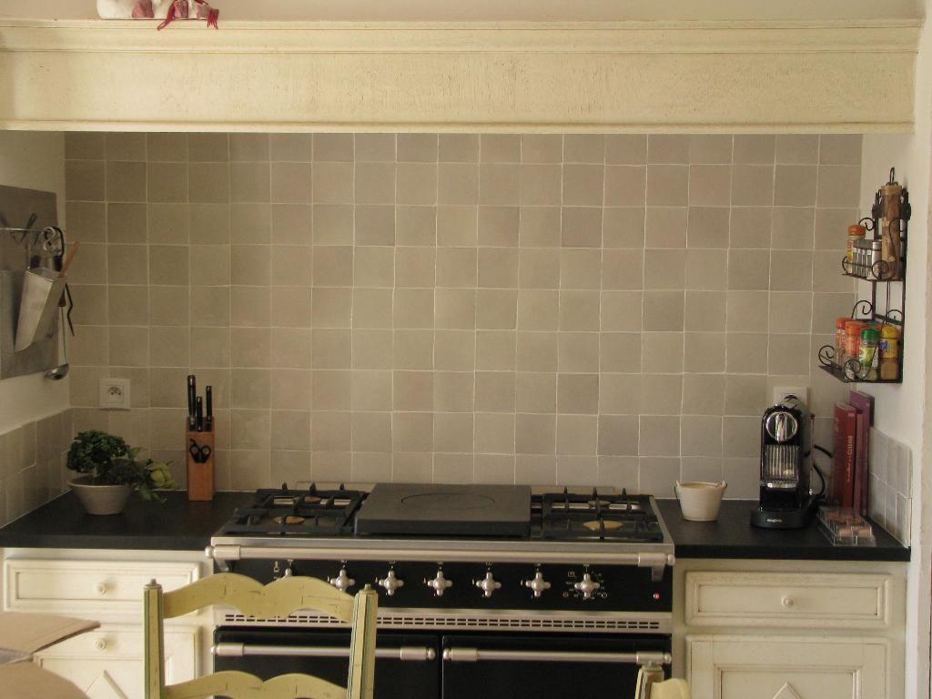 Kitchen zellige and la cornue terracotta tile zellige kitchen kitchen cabinets et kitchen - Zellige de cuisine ...